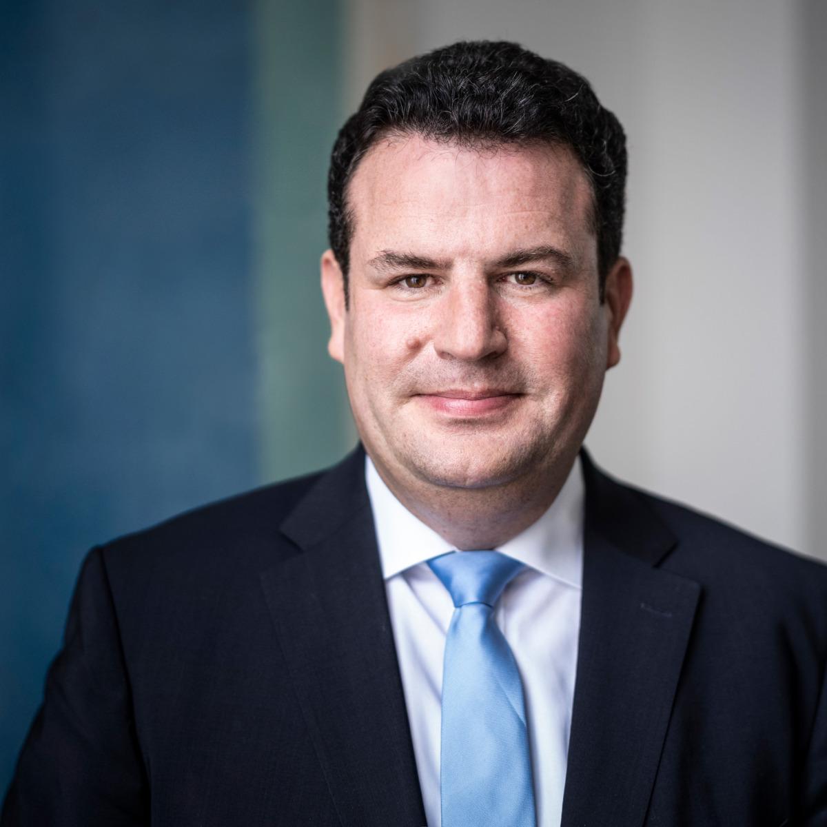 Dieses Foto zeigt Arbeitsminister Hubertus Heil - ©BMAS/Dominik Butzmann