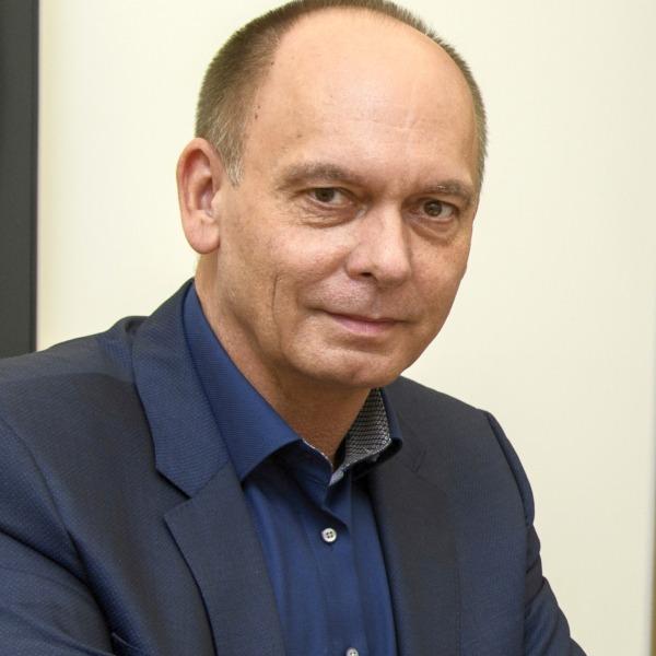 10 NOV 2020, BERLIN/GERMANY: Mitarbeiter, Portrait, Wirtschaftsforum der SPD IMAGE: 20201110-01